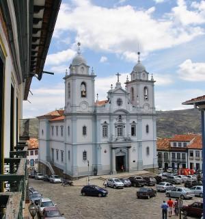 1280px-Igreja_Matriz,_Diamantina_Leandro Neumann Ciuffo