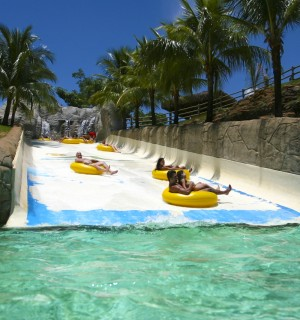 hotparkGiant-Slide02